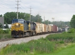 CSX 76 & 8453 work up to track speed with Q334-19