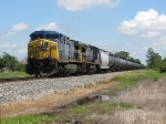 CSX 390 & 7729 get underway again with the detouring ethanol empties of K653-18