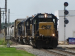 With D700 having died at Waverly, Y121 rolls onto Track 2 with its' train