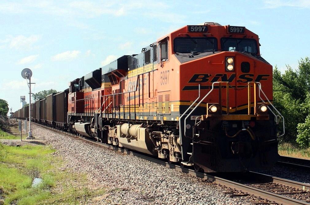 BNSF 5997