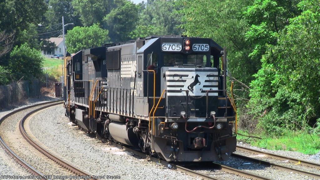 NS 6705 Close Up