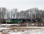 BNSF 8113 w/b at the Hunt Road crossing