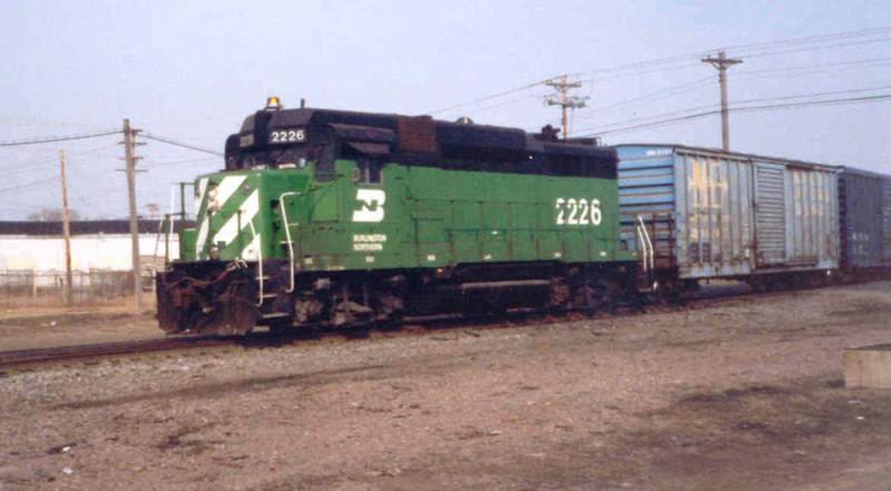 BN GP30 #2226 Eastbound
