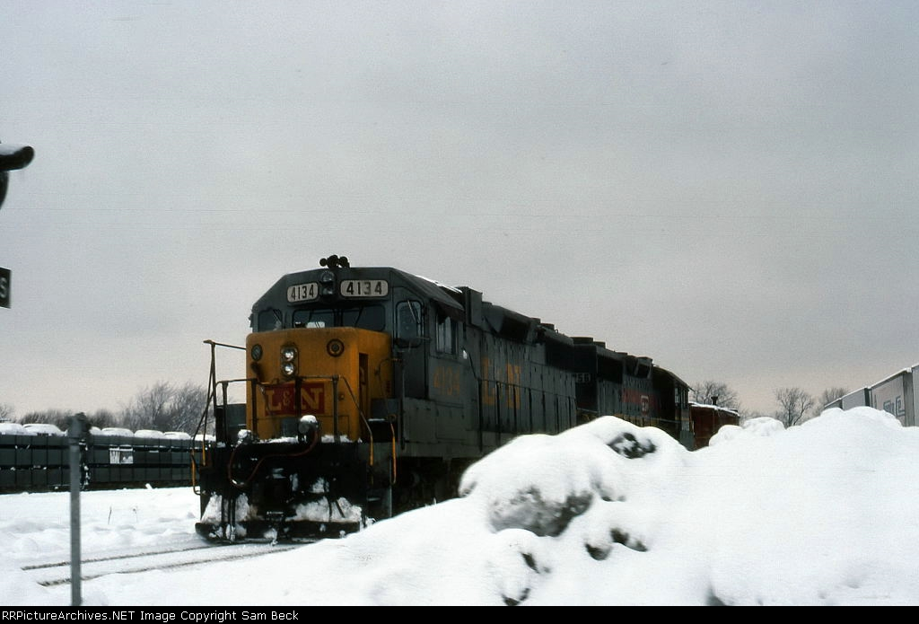 L&N 4134 and 4056 in the Monon Yard