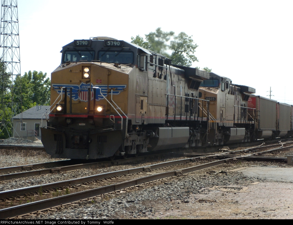 UP 5790 leads a coal train east