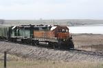 BNSF 2328 & BNSF 2872