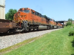 BNSF 7201 and 4348