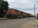 BNSF 1009 brings eastbound trailers onto the single track
