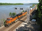 BNSF 7457 & 4571 enter CTC territory on a beautiful Mississippi River valley day