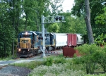 CSX 2795 approaching souther crossing with North Wales Rd.