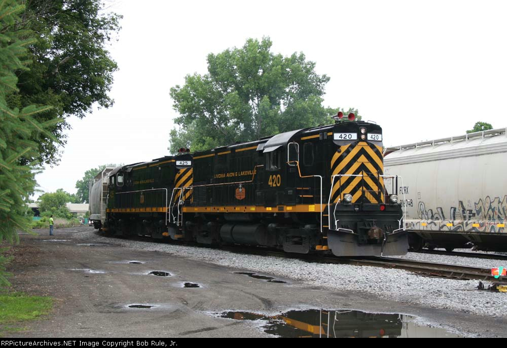 Switching the Avon Yard