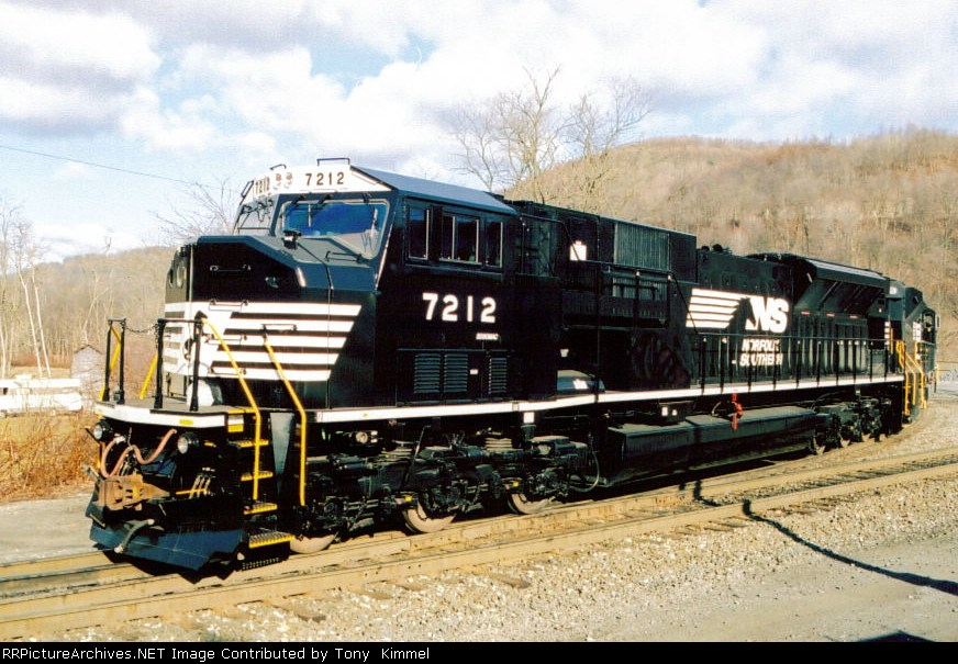 NS SD80MAC 7212
