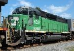 BN SDP40 trailing BNSF 785 on NS 213