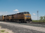 UP 5673 leads an EB doublestack/autorack at 11:32am