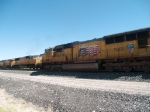 UP 5133 leads a WB doublestack at 10:22am