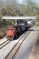 CN 5619, southbound CN train