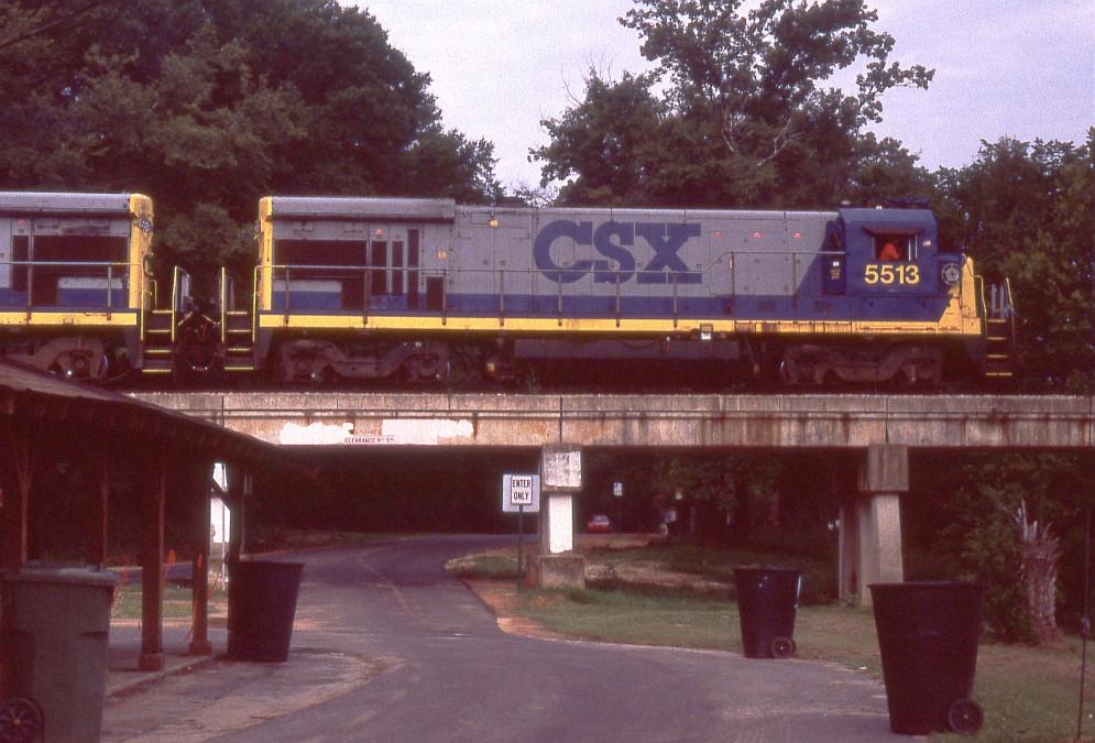 CSX 5513 on yard job