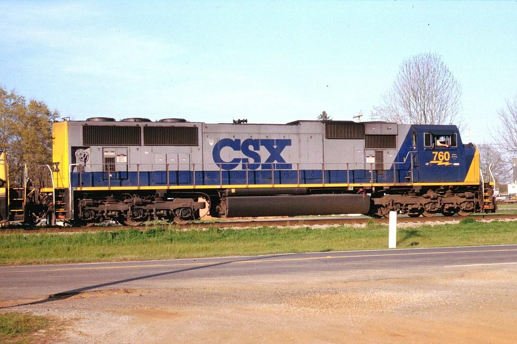 CSX 760 on Q681