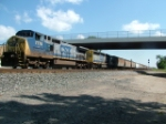CSX roars through New London, Ohio