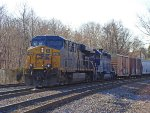 CSX Q418 Waiting at Cove Road