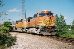 BNSF 4545 westbound coming of the Topeka subdivision