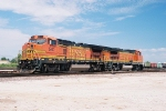 BNSF 580 shuttle train power