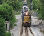CSX 8315 leads J768 at South Gossom