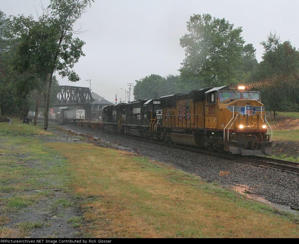 NS 212 In Heavy Rain @ 0803 hrs