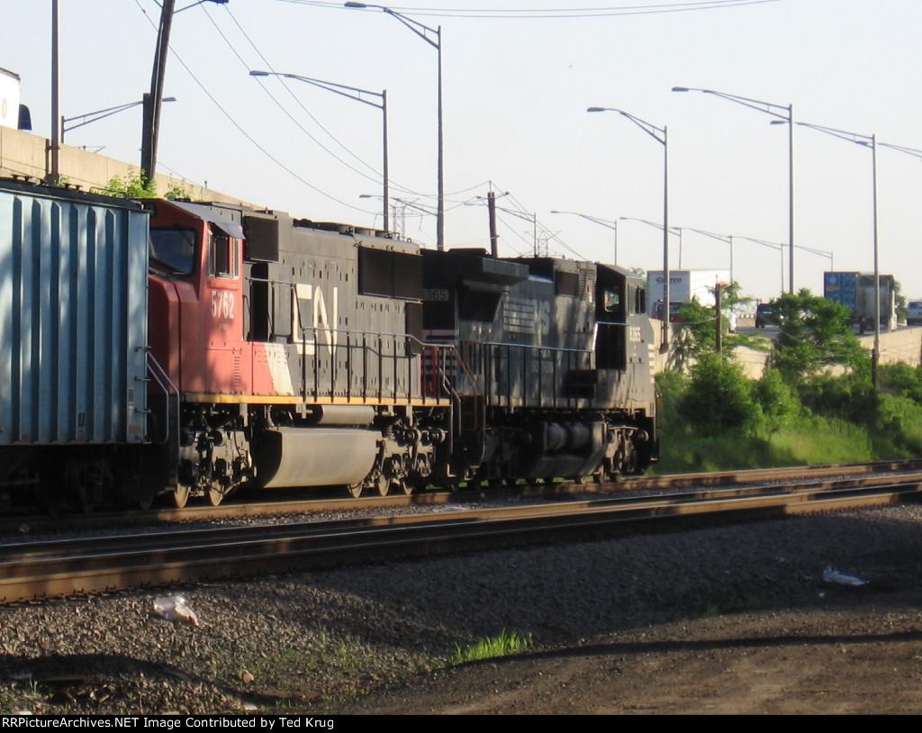 NS 8365 & CN 5762