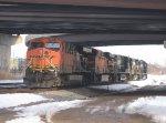 BNSF 5875, BNSF 5813, NS 9215, NS 8699 & NS 2576
