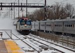 Northeast Regional #152 blasts through the snow at Edison