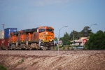 BNSF 7242 rolls eastbound in this am sun shot as she heads towards Winslow, AZ for a crew change.