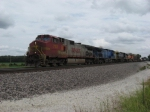 WB BNSF freight with a great lashup
