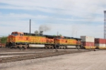BNSF 4506 Point On A Container Train