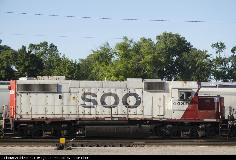 SOO4439