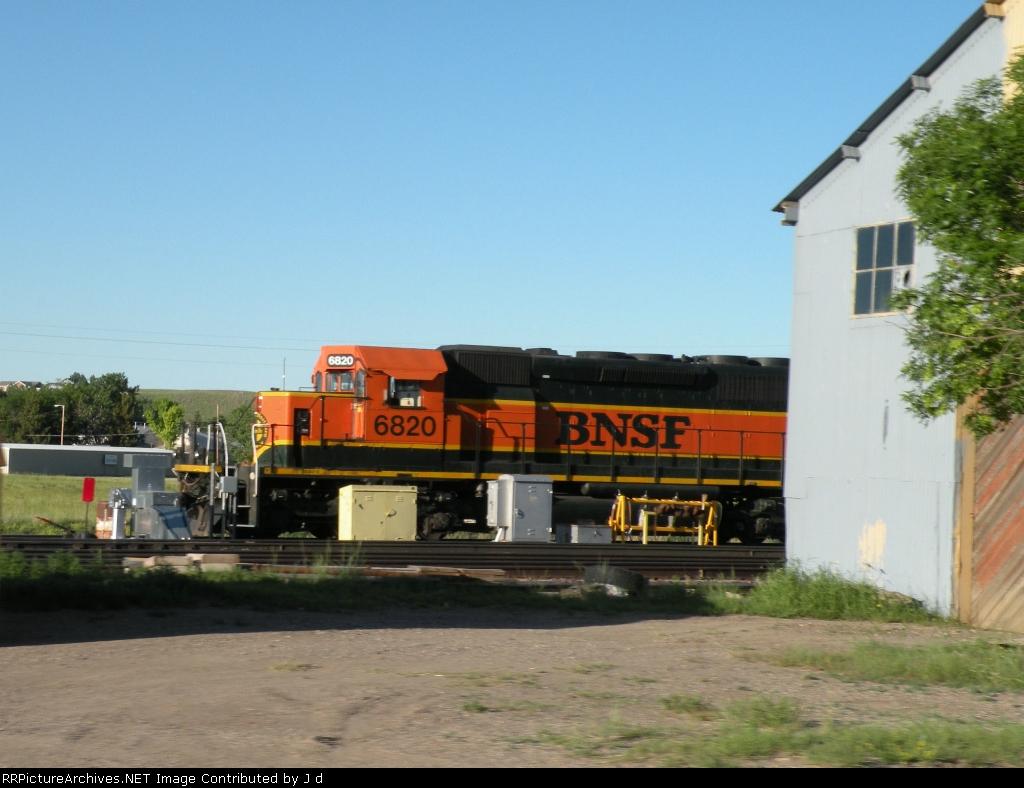 BNSF 6820