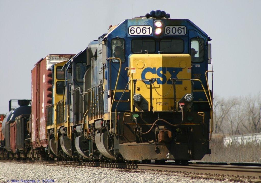 CSX GP40-2 6061