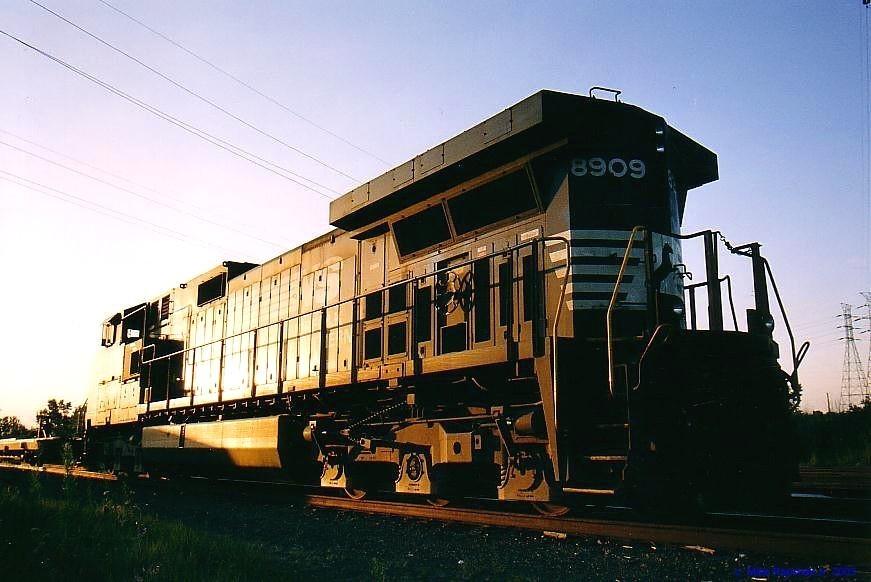 NS CW40-9 8909