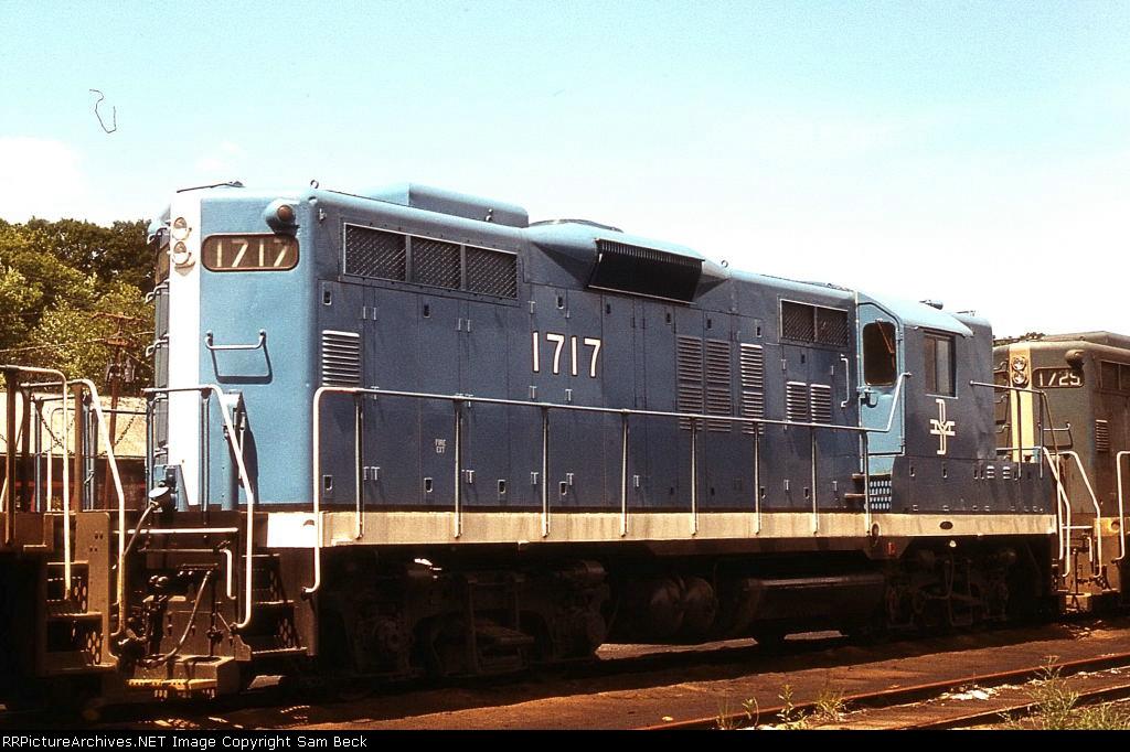 B&M 1717