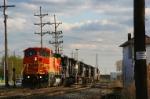 BNSF BW40-8 536