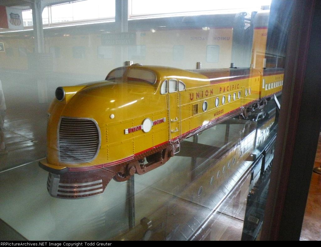 UP M10005 - Garden Locomotive