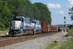 GMTX 9079 leads NS 322 past CP Cowart
