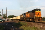 2 SD70MAC's shove on the end