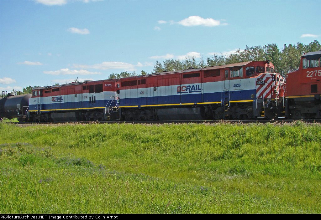 Ex BC 4625 and 4626 wait in the loop