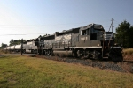 NS 5819 & 7075 continue toward Rock Hill