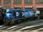 NS EMD GP38's 2912 & 2885