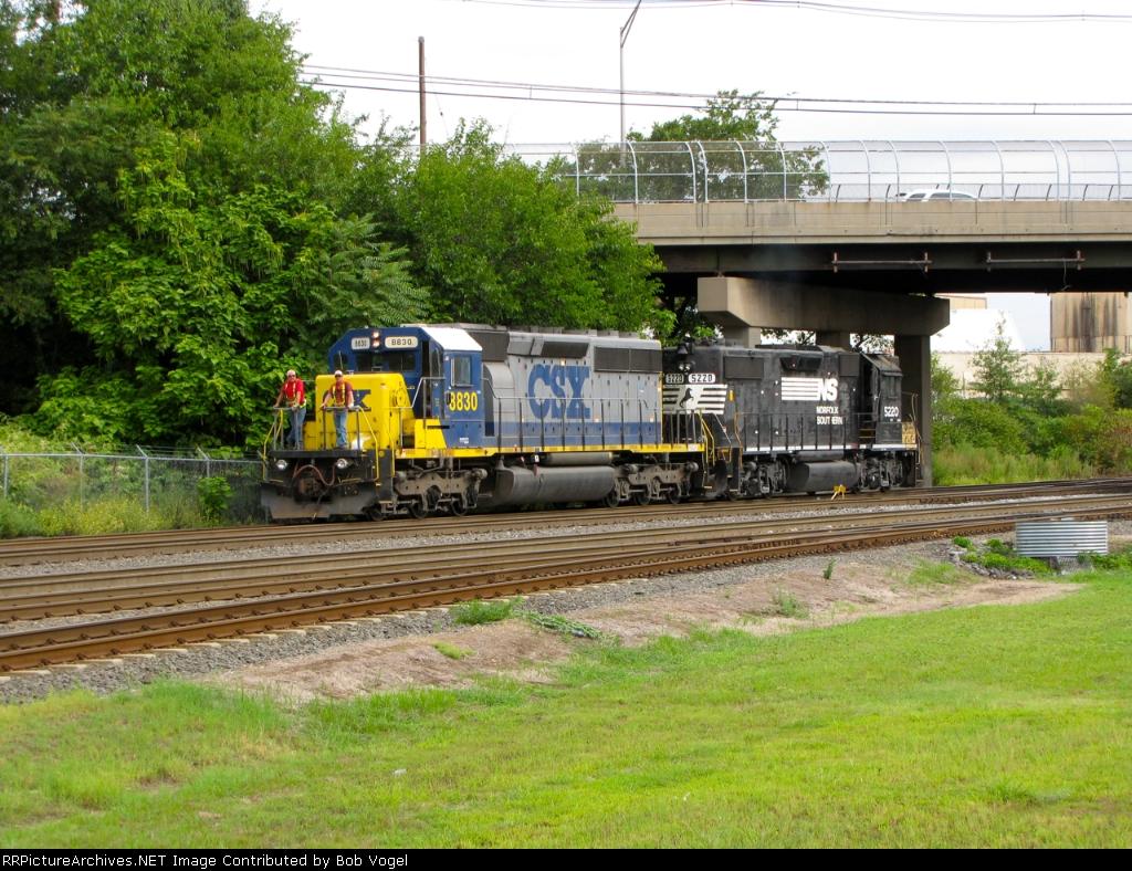 CSX 8830 and NS 5220