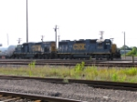 CSX 2533 and 1515