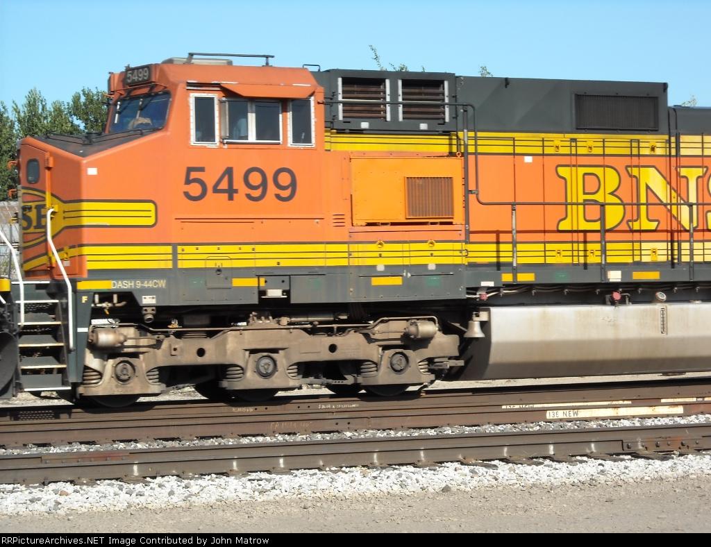 BNSF 5499