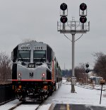 NJ Transit #5520 departs Bound Brook in the snow